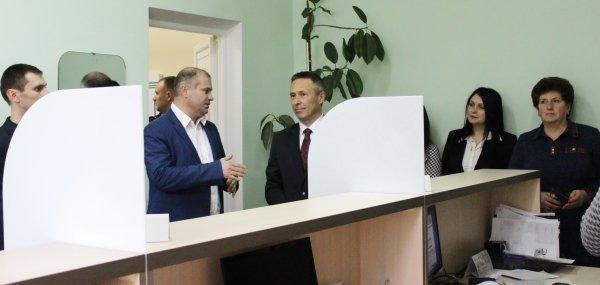 (ФОТО/ВИДЕО) Посол Словакии принял участие в открытии Клиентского центра в Чадыр-Лунге